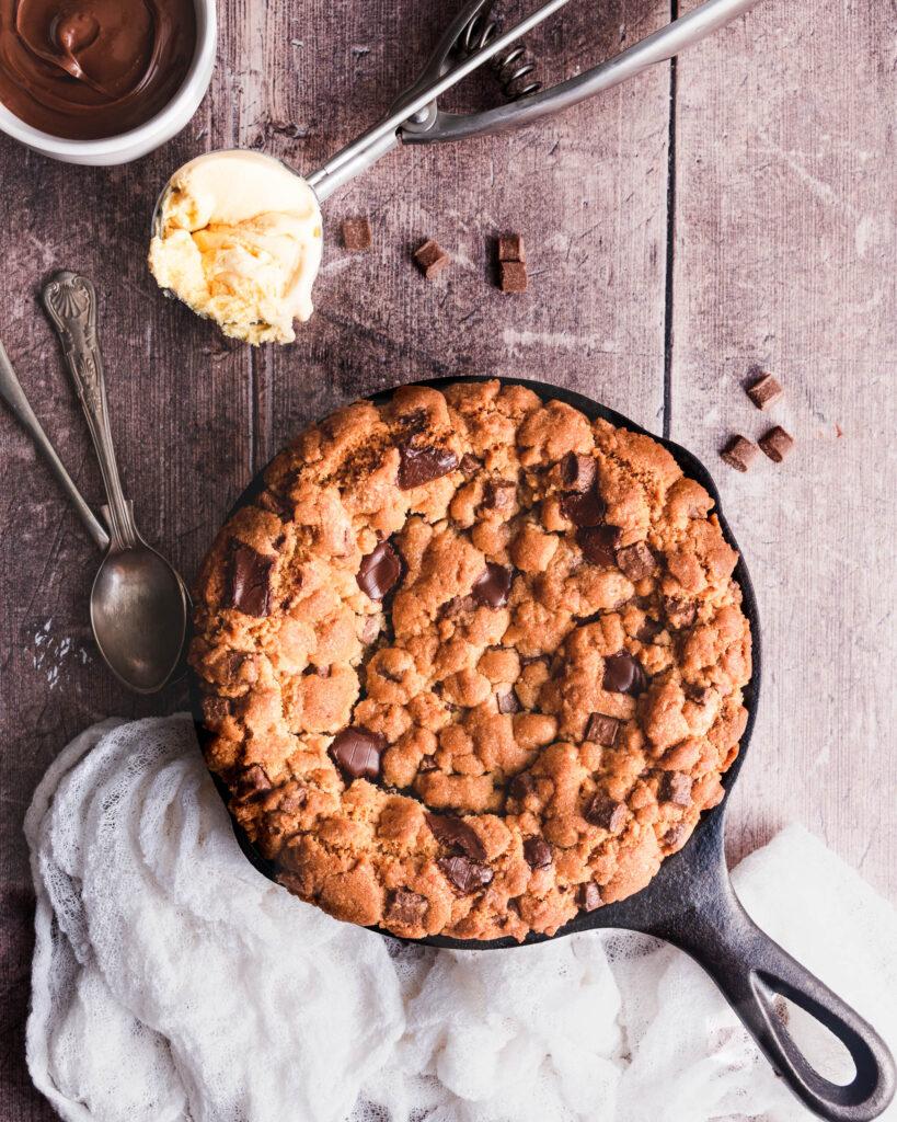Nutella Chocolate Chunk Skillet Cookie